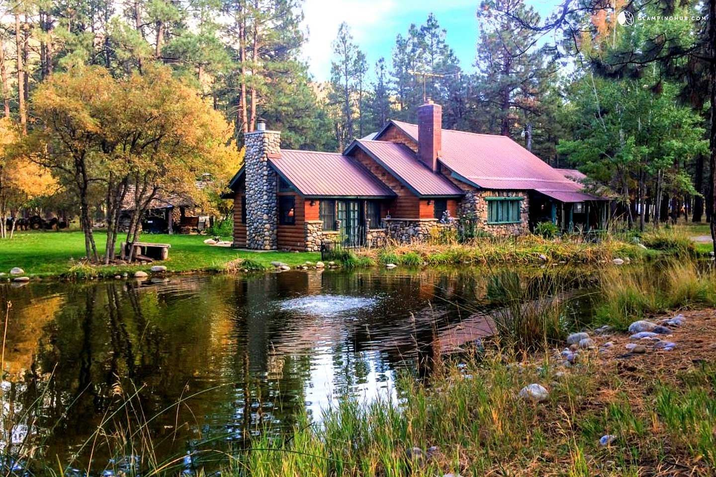 Cabin Glamping by the Water